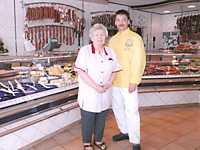 Fleischermeister Kai-Uwe Dettmers und seine Mutter Wilma Dettmers